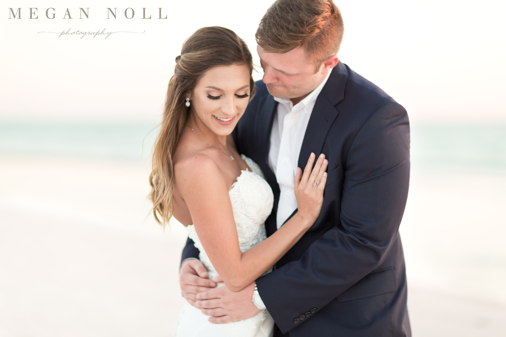 Beach Resort Wedding in Marco Island, Beach Wedding Pictures, Sunset Beach Pictures