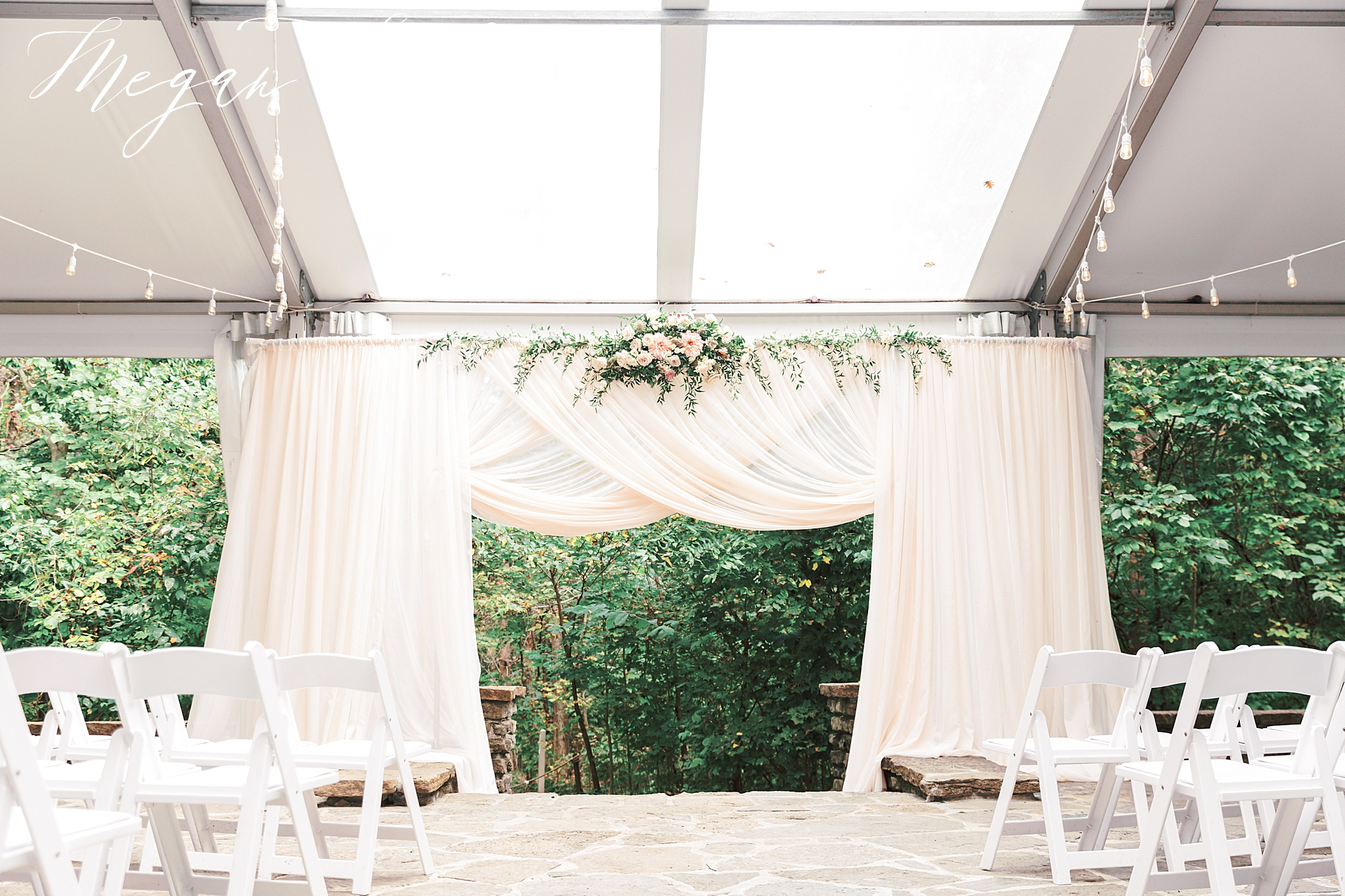 Outdoor Ceremony at Krippendorf Lodge